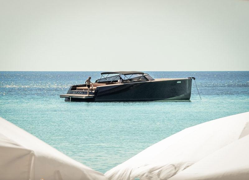 Cotton-Beach-Club-Boat