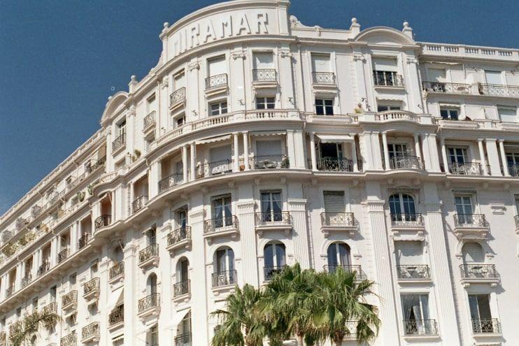 Luxury-Travel-Provence-10-min