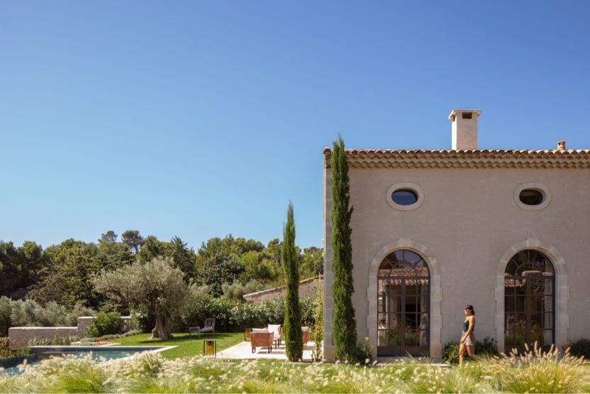 Provence-Holiday-Villas-ext-min