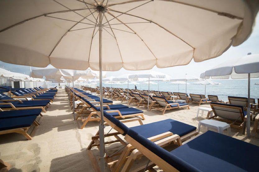 beach-bars-st-tropez-bagatelle-min