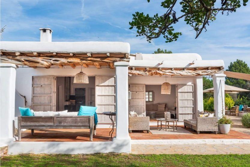 best-part-of-ibiza-for-families-villa-mora-min