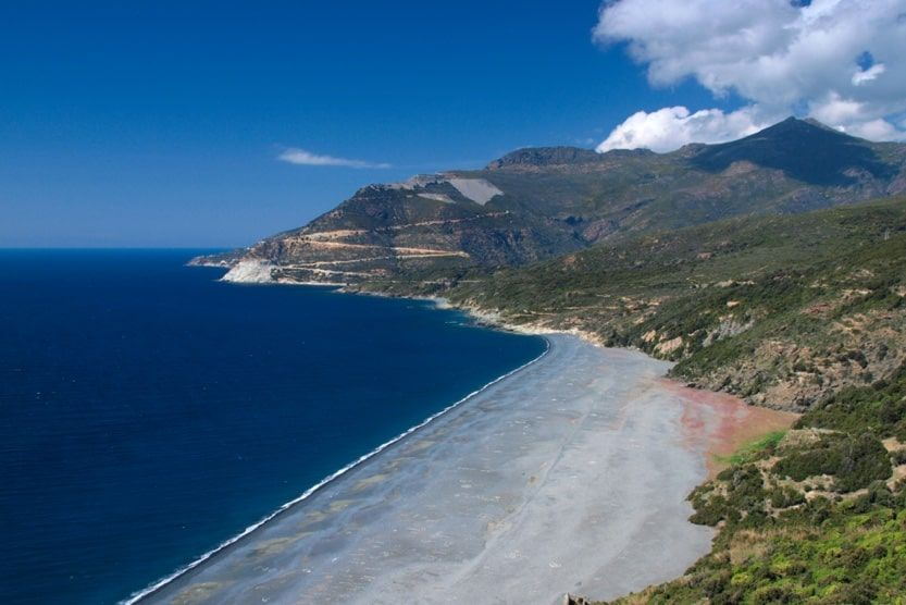 best-places-to-stay-in-corsica-for-families-nonza-min
