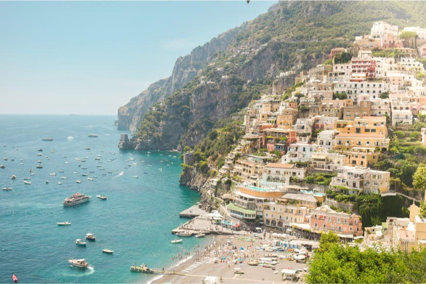 best-places-to-visit-in-Italy-in-summer-amalfi-positano-min