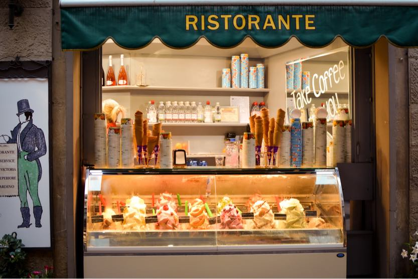 best-places-to-visit-in-Italy-in-summer-florence-gelato