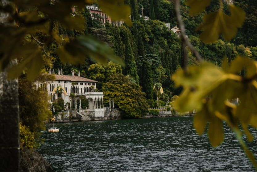best-places-to-visit-in-Italy-in-summer-lake-como-min