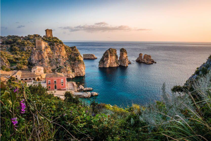 best-places-to-visit-in-Italy-in-summer-sicily-min