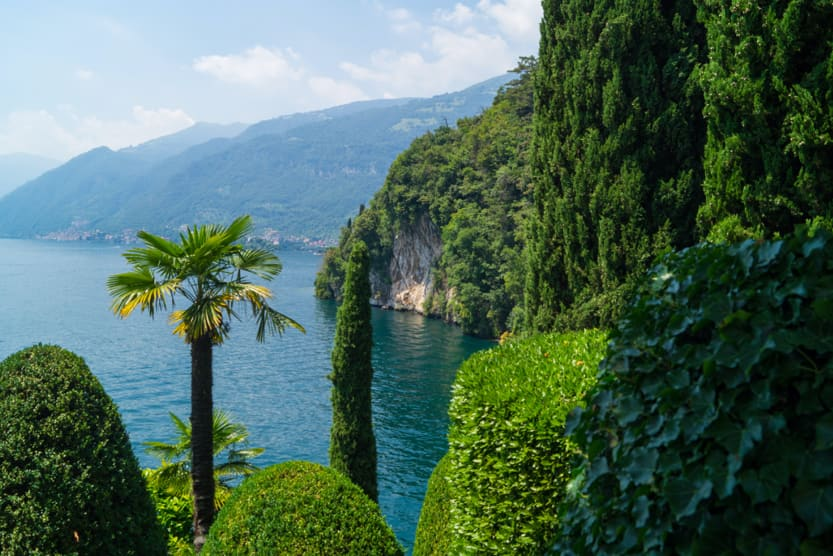 best-places-to-visit-in-Italy-in-summer-villa-balbianello-como-view-min