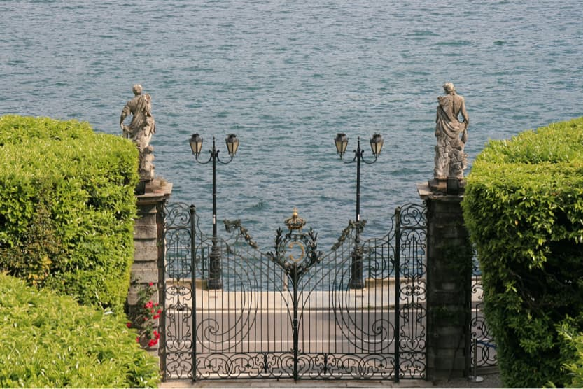 best-places-to-visit-italy-august-como-summer-min
