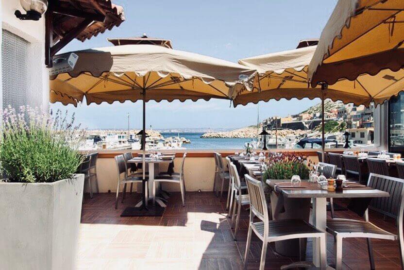 best-restaurants-in-cassis-grand-bar-terrasse 2