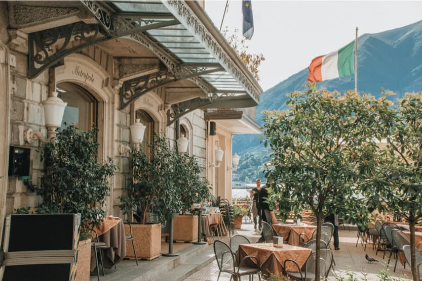 best-summer-holiday-destinations-Italy-lake-como-min
