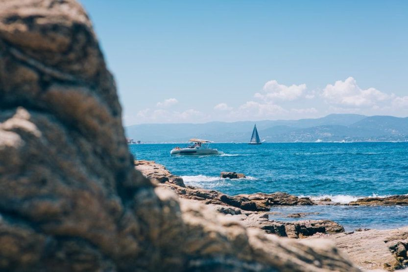 best-things-to-do-in-st-tropez-france-seaview