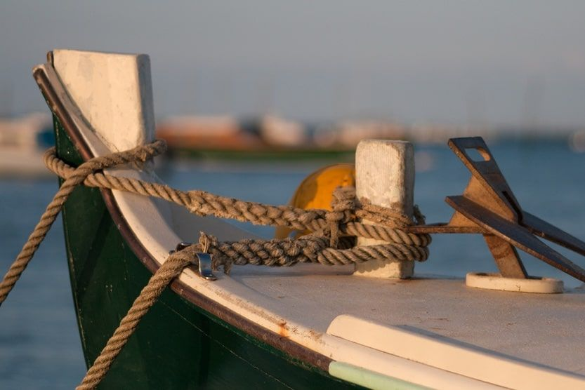 cap-ferret-family-holiday-fishing-boat