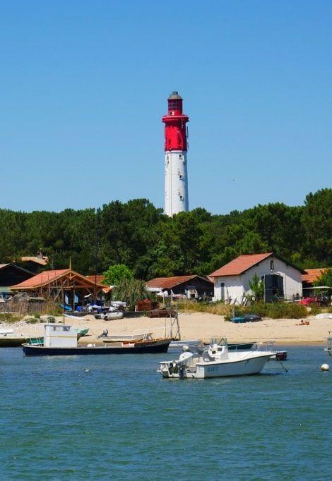 cap-ferret-family-holiday-lighthouse