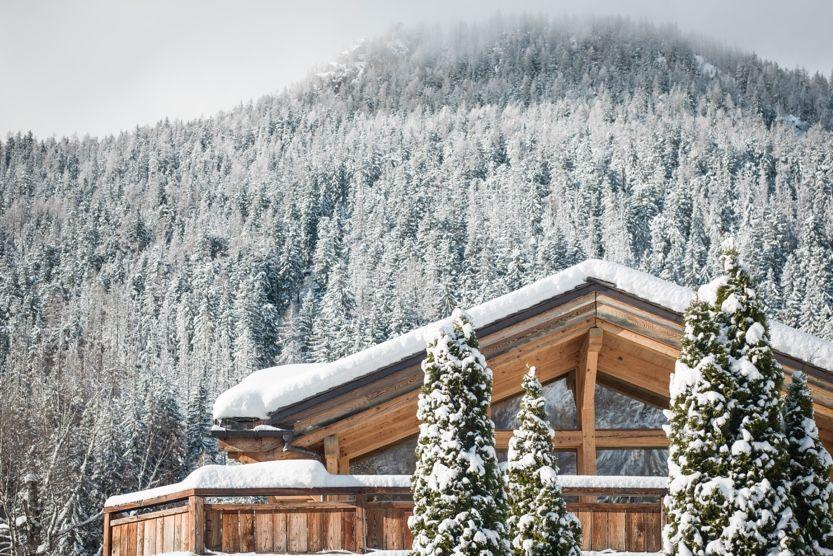 christmas-ski-holidays-courchevel-myosotis