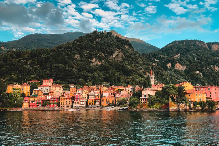 como-houses-best-places-to-visit-in-Northern-Italy-min