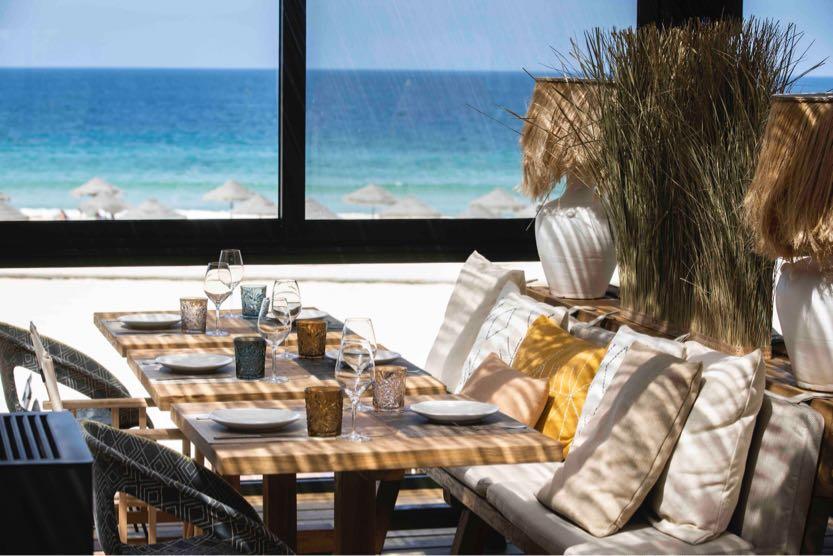 comporta-guide-sublime-comporta-beach-club-tables
