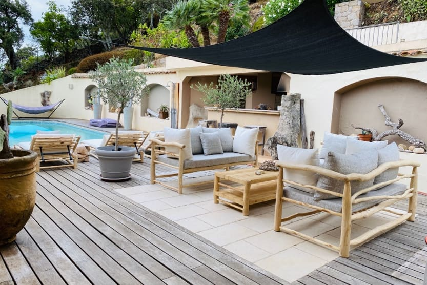 corsica-best-places-to-see-villa-giulietta-pool