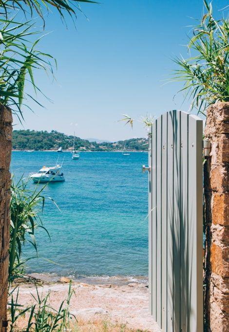 cote-d-azur-holidays-doorway
