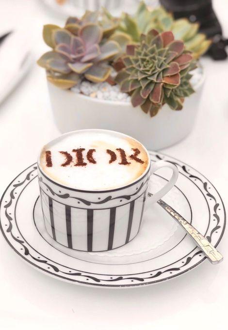 dior-restaurant-saint-tropez-café-dior-min