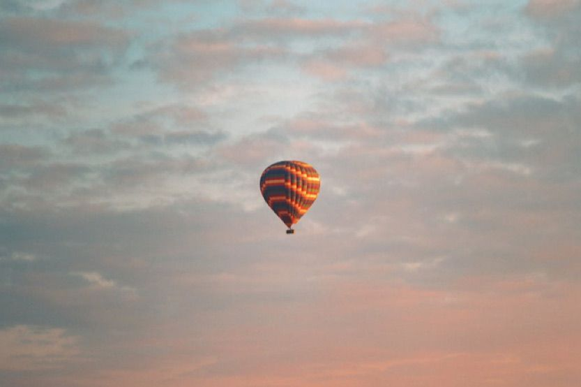 french-countryside-vacation-hot-air-balloon