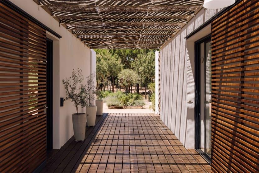 holiday-villas-in-comporta-portugal-villa-monte-slats