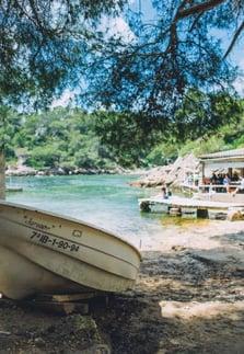 ibiza-family-beaches-cala-mastella-chiringuito