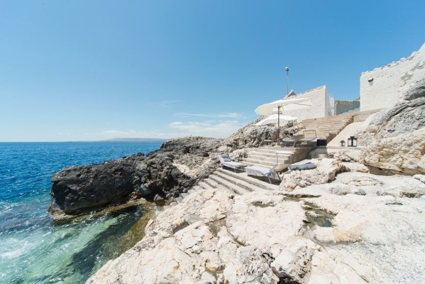 italy-beach-holidays-villa-sirena-min