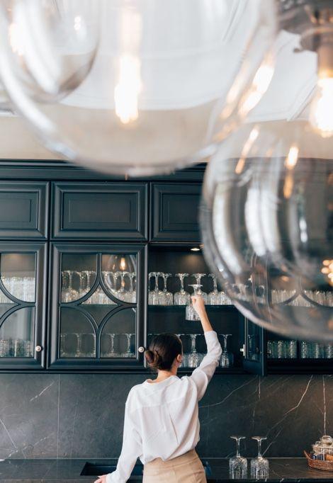 luxury-concierge-service-glasses