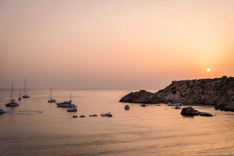 what-to-do-in-ibiza-club-cotton-sunset-min
