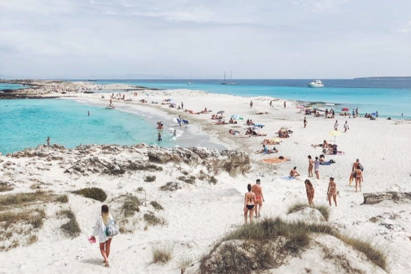 what-to-do-in-ibiza-in-3-days-will-train-min-1