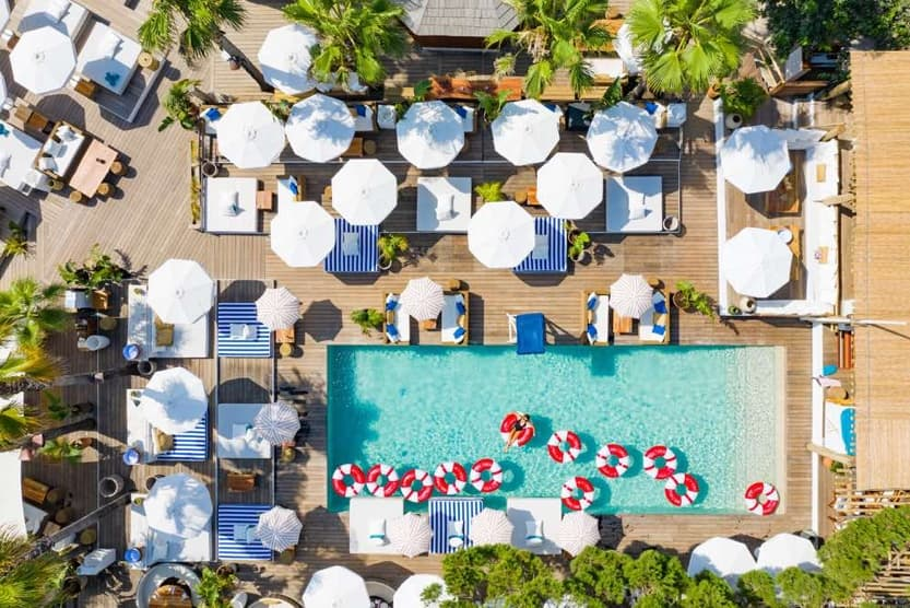 st-tropez-beach-clubs-nikki-beach-pool