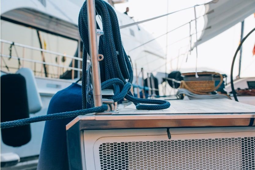 st-tropez-boat-rope