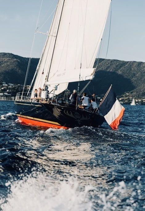 st-tropez-weekend-boat