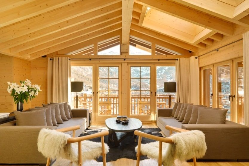 swiss-alps-log-cabin-holidays-chalet-hornil-living-room