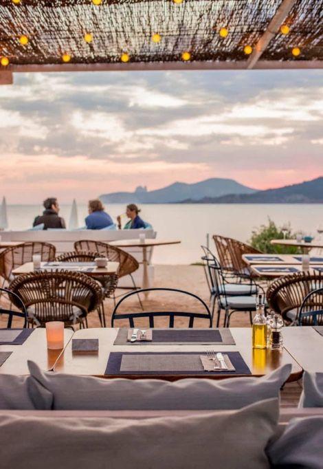 top-10-most-beautiful-beaches-in-ibiza-restaurant