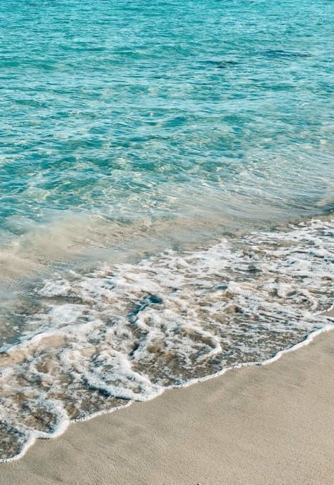 top-10-most-beautiful-beaches-in-ibiza-wave