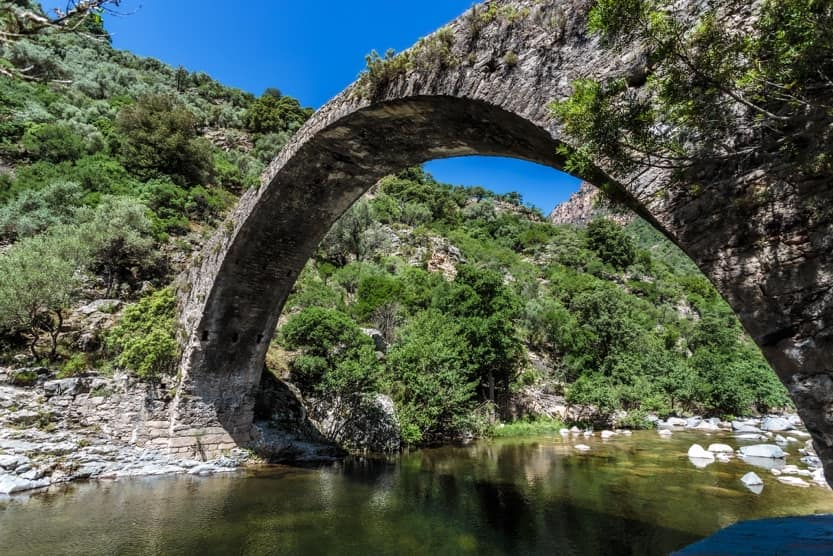 travelling-around-corsica-denis