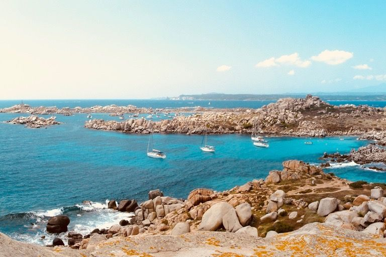 travelling-around-corsica-lavezzi
