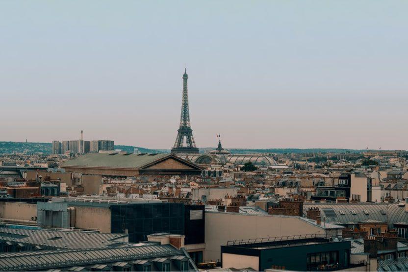 trips-to-normandy-paris 2-min