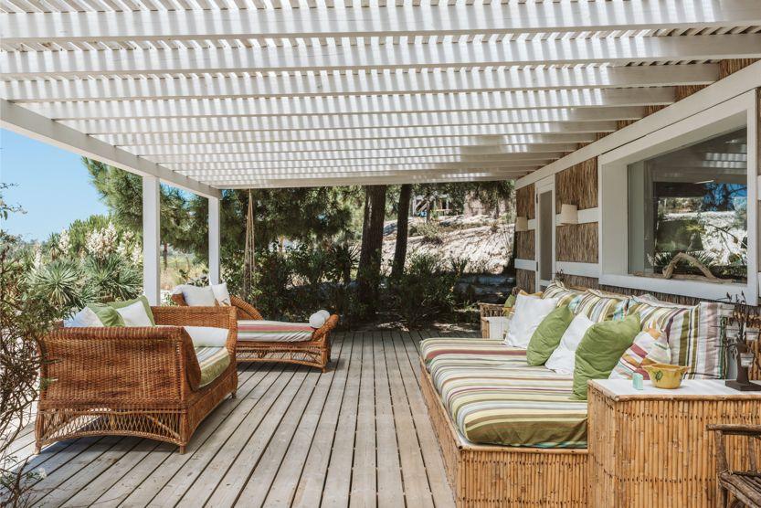 unique-comporta-beach-villa-outdoor-veranda