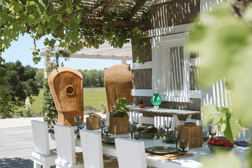 unique-comporta-beach-villa-table