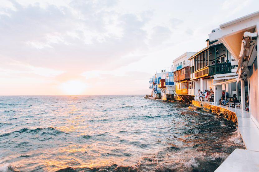 winter-sun-holidays-mykonos-sunset