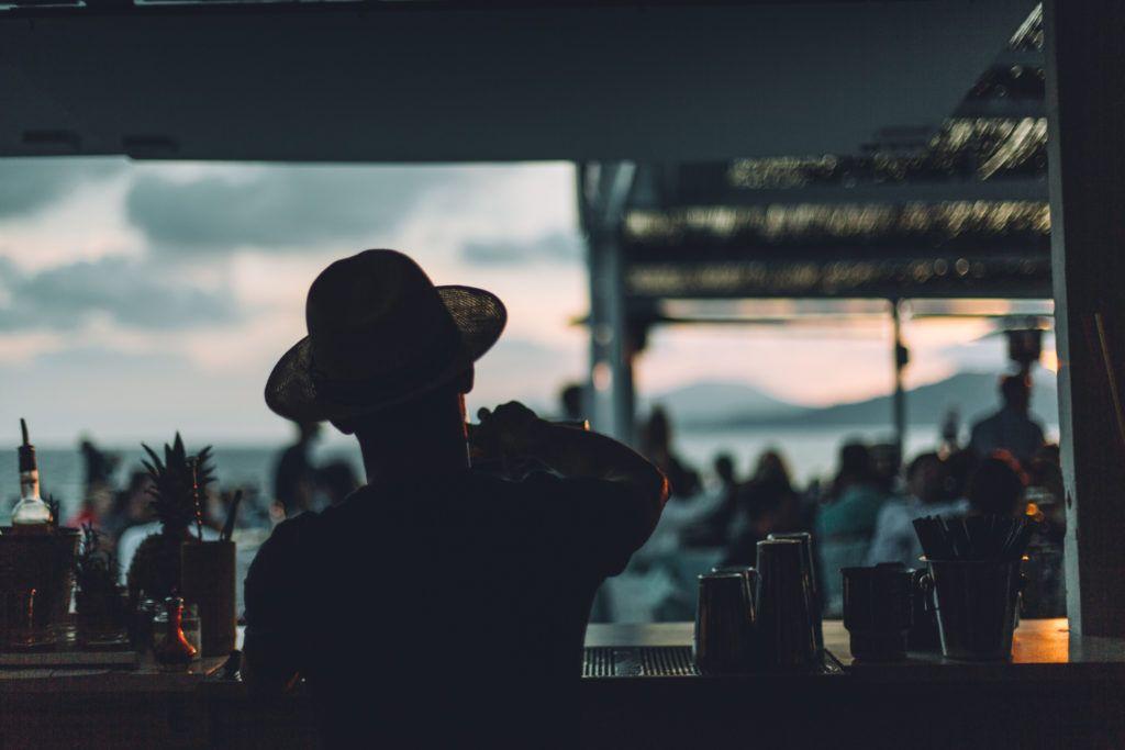 ibiza bartender