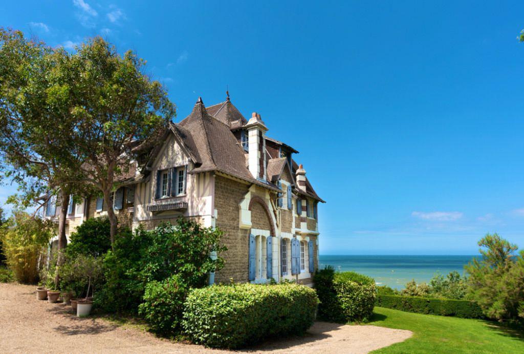 beach villa normandy Deauville