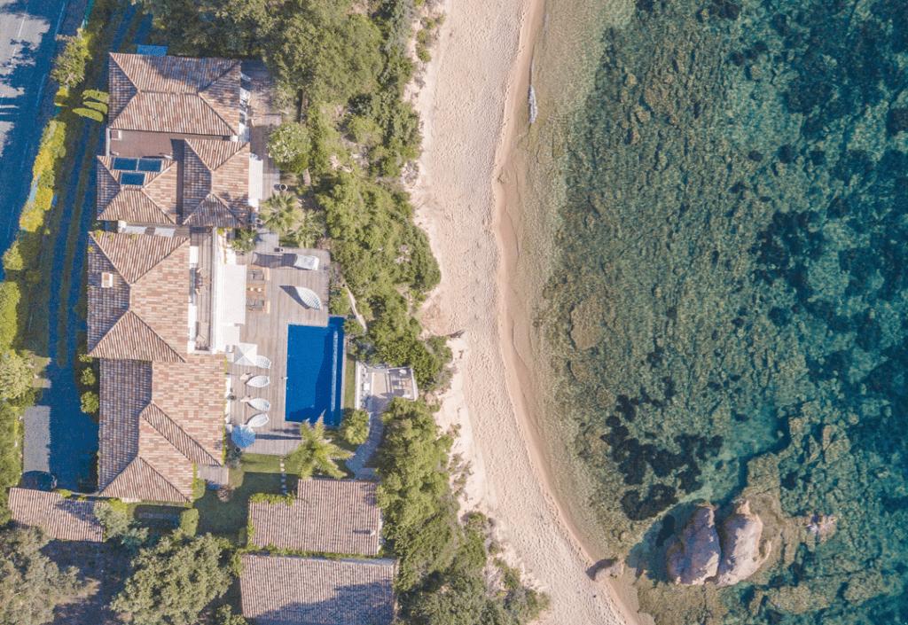Locations maisons Corse Nadia drone