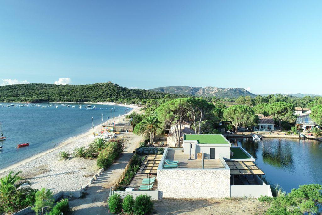 the-trendiest-beach-in-corsica-le-collectionist-luxury-villas-to-rent-villa-cacciafora