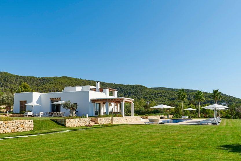 ibiza-beach-villa-fleurie